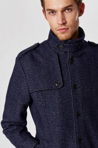 Manteau en laine boutonné