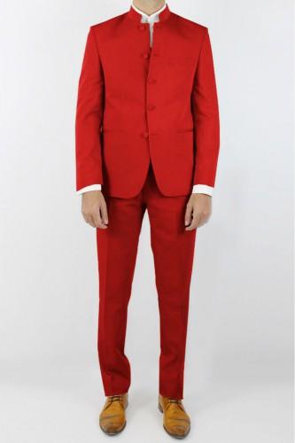 Costume col mao rouge