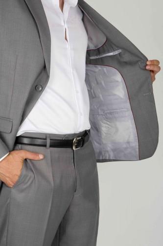 Costume coupe classique gris
