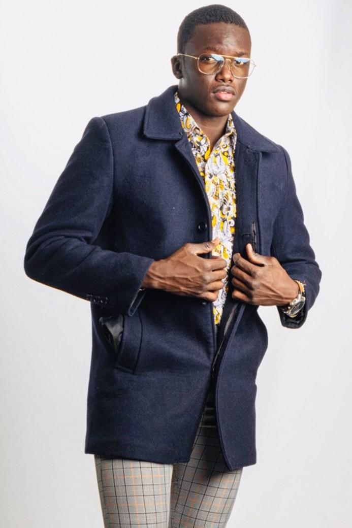 Manteau en laine bleu marine