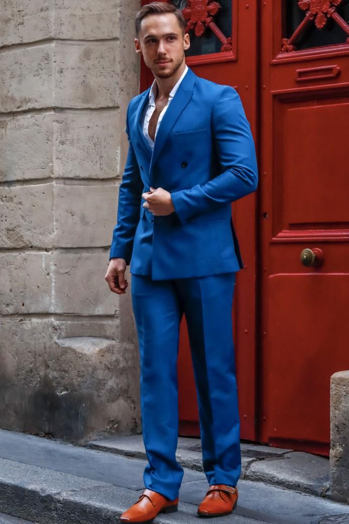 Costume croisé bleu