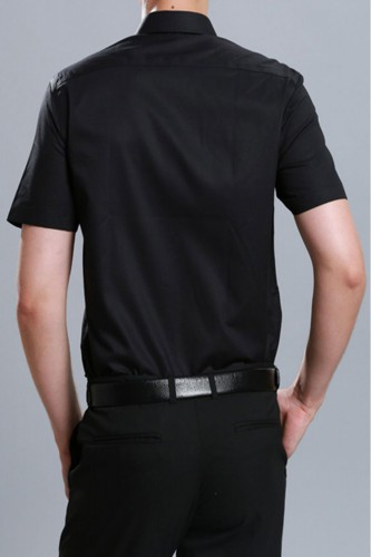 Chemise noir manches courtes