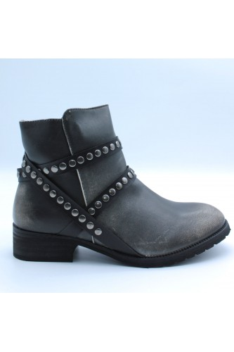 Bottines à rivets