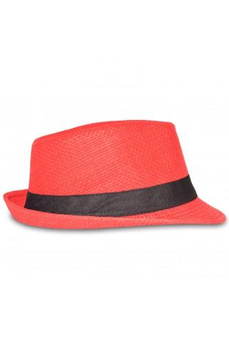 Chapeau trilby rouge