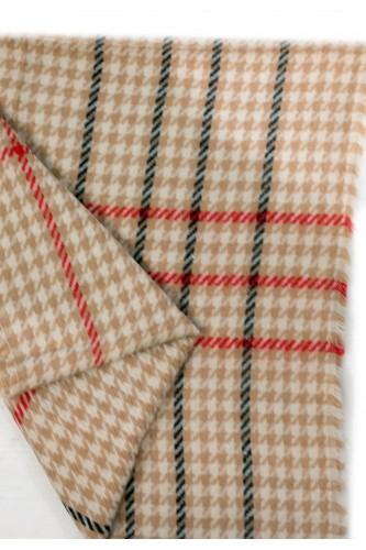 Echarpe pieds de poules en laine