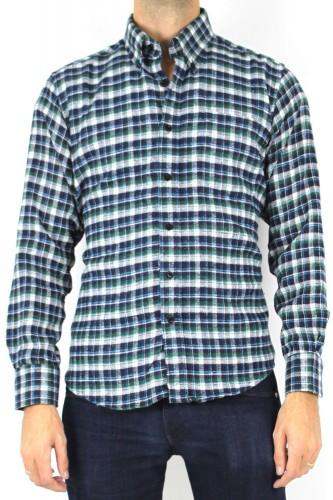 Chemise verte à carreaux aspect laine