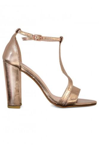 Sandales à talon large