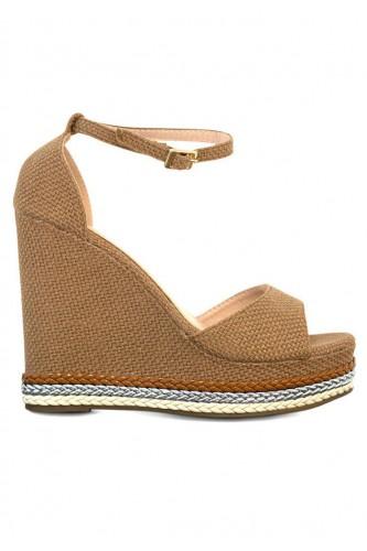 Sandales à talon compensées