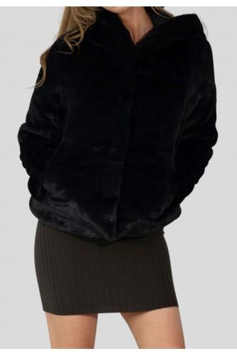 Veste avec fausse fourrure